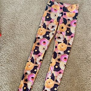 LIKE NEW!!! Fun women's DONUT leggings! Size XS